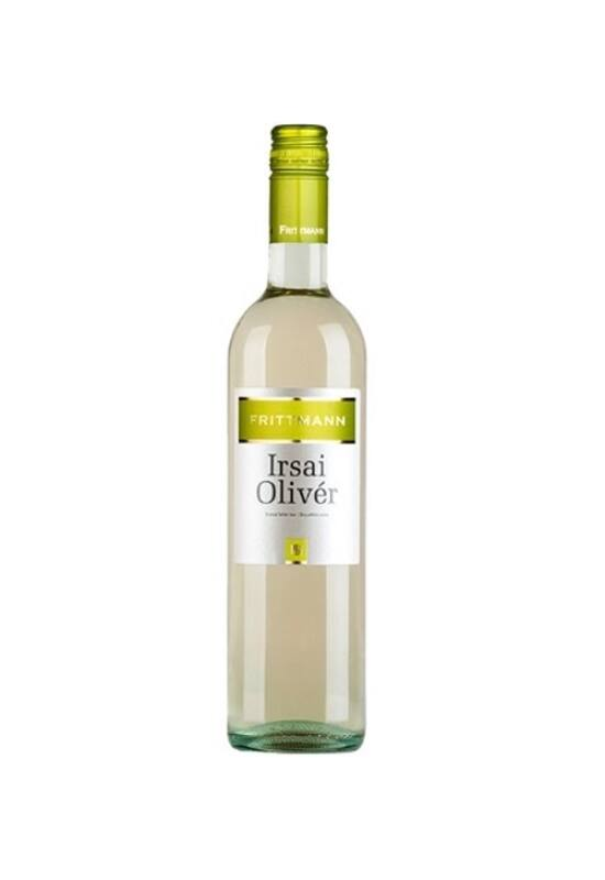 hungarianwinelove-borkereskedes-frittmann-pinceszet-irsai-oliver